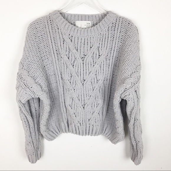 c1d6e71abf J.O.A. Sweaters - JOA Los Angeles Chunky Cable Knit Cropped Sweater